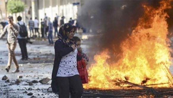 Diyarbakır`da okullar 1 gün tatil edildi
