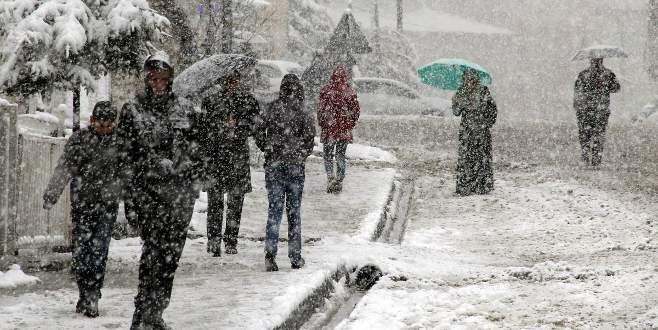Meteoroloji tarih verdi! Kar geliyor...