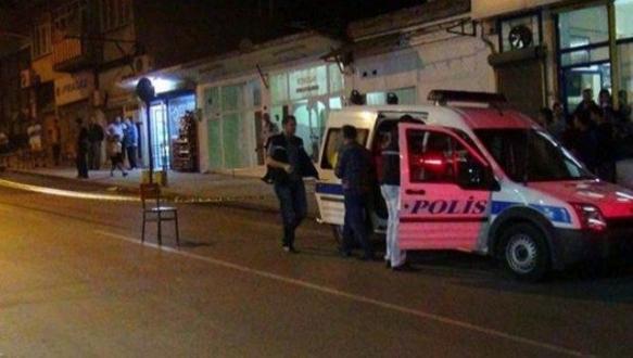 Kahvehaneye silahlı saldırı: 3 yaralı