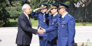 Kılıçdaroğlu'nun askeri üste karşılanmasına inceleme