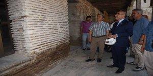 Tarihi Tepebağ Ortaokulu'nda restorasyon çalışmaları
