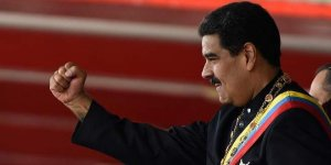 Kolombiya eski devlet başkanından Maduro'ya 'darbe' çağrısı