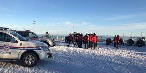 Uludağ'da mahsur kalan 3 kişi helikopterle kurtarıldı