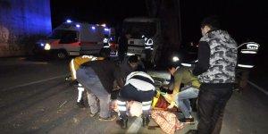 Bursa'da kaza: Ön camdan dışarı fırladılar