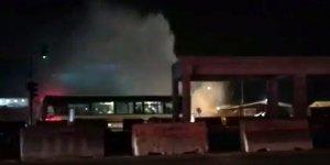 Bursa'da patlayan su borusu trafiği felç etti