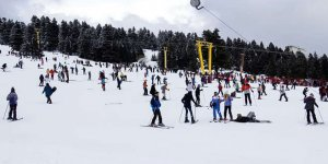 Uludağ'da kar kalınlığı 1 metreye yaklaştı