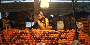 Bursalı Mandalinacı Veysel Mutlu'nun klibini bir günde bir buçuk milyon kişi izledi