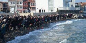 Mudanya'da Mübadiller karanfillerle anıldı