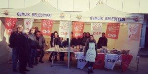 CHP'li kadınlardan anlamlı kermes
