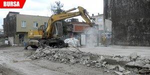 Kaçak eve inşaat aşamasında yıkım