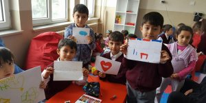 İlkokul öğrencilerine akıl oyunları sınıfı