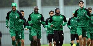 Moussa Sow sevinci