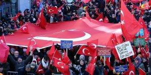 Brüksel'de Zeytin Dalı Harekatı'na destek mitingi