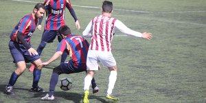 Yiğitlerspor dört köşe! 4-0