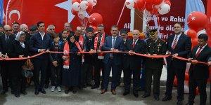 Şehit Özcan Yıldırım anıtı açıldı