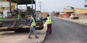 İznik'te asfalt çalışmasına devam