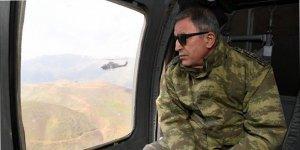 Hulusi Akar ve komutanlar Afrin sınırında!