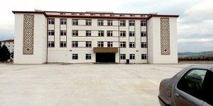 Yenişehir'de eğitime yeni bina takviyesi