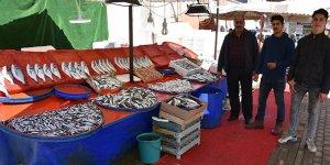 En ucuz balık ithal palamut