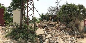 Gemlik'te tehlike yaratan binalara yıkım