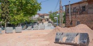 Karacabey'in kırsal mahallelerinde çalışmalar sürüyor