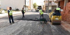 Karacabey'de asfalt çalışmaları başladı