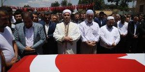 AK Parti'li Yıldız'ın ağabeyinin cenazesi toprağa verildi