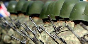 AK Parti'de askerlik yasası mesaisi