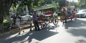 Mudanya'da nostaljik fayton sefâsı