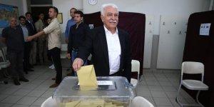 Perinçek'in oy kullandığı sandıktan kim çıktı?