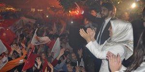 İnegöl AK Parti'de zafer kutlaması