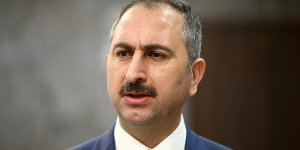 Abdulhamit Gül yeniden Adalet Bakanı