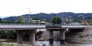 Mustafakemalpaşa'da ulaşıma köprülü çözüm