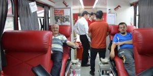 Büyükorhan'da kan bağışına büyük ilgi