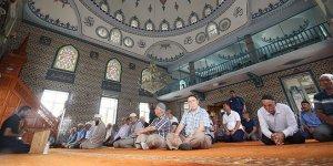 Osmangazi Camii ibadete açıldı