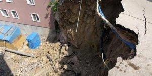 Toprak kaymasının ardından inşaat çalışması mühürlendi
