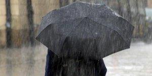 Mersin'de sağanak nedeniyle yarın okullar tatil edildi