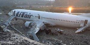 Uçak alev alev yandı