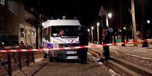 Paris'te bıçaklı saldırı: 7 yaralı