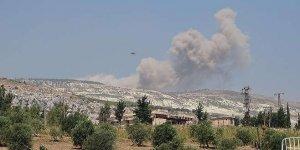 Rus ve Esad güçleri sivil yerleşimler ile bir okulu vurdu