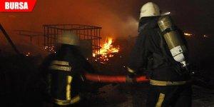 Fabrikada yangın! Korku dolu dakikalar...