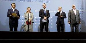Bakan Albayrak, Almanya'da: İlişkilerde yeni bir dönem başladı
