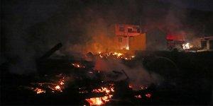 Yangın faciası: 9 ev kül oldu