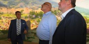 Fetih Müzesi'ne 'kardeş' ziyareti