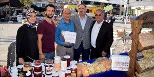 Mustafakemalpaşa'da üreticilere sertifika