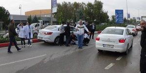 Bursa'da kırmızı ışık ihlali yapan sürücü yayaya çarptı
