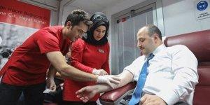 Bakan Mustafa Varank da kemik iliği donörü oldu