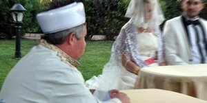 Bursa'da müftü nikahına ilgi nasıl? Şaşırtıcı istatistik...