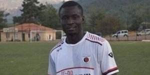 Maçta kalp krizi geçiren Nijeryalı futbolcu hayatını kaybetti