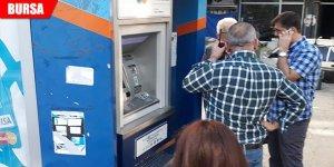 Vatandaşın dikkatinden kaçmadı! ATM'ye düzenek...